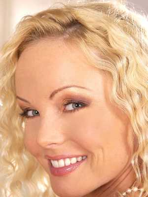 Silvia Saint in stockings